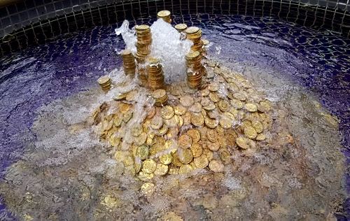 20160305moneyfountain.jpg